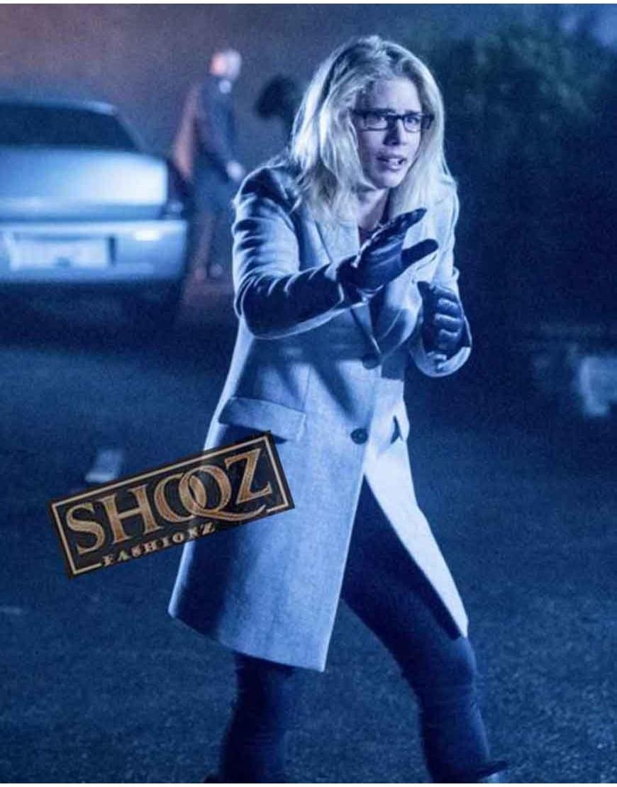 Arrow S06 Emily Bett Rickards (Felicity Smoak) White Coat
